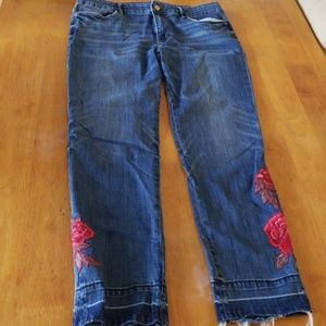 WHBM slim ankle Jean's with beautiful detail